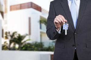 Выбор управляющего домом: все тонкости найма опытного хозяйственника