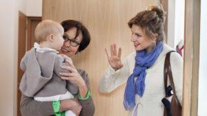 5 правил первого дня няни для ребенка в семье